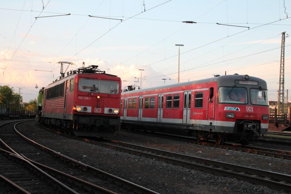 Am 20.05.2015 begegneten sich im Rangierbahnhof Gießen 155 138 und 420 298.