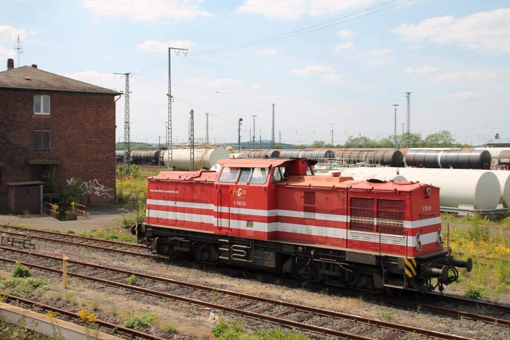 V100.03 der HGB steht am 22.08.2015 abgestellt im Bw Gießen.
