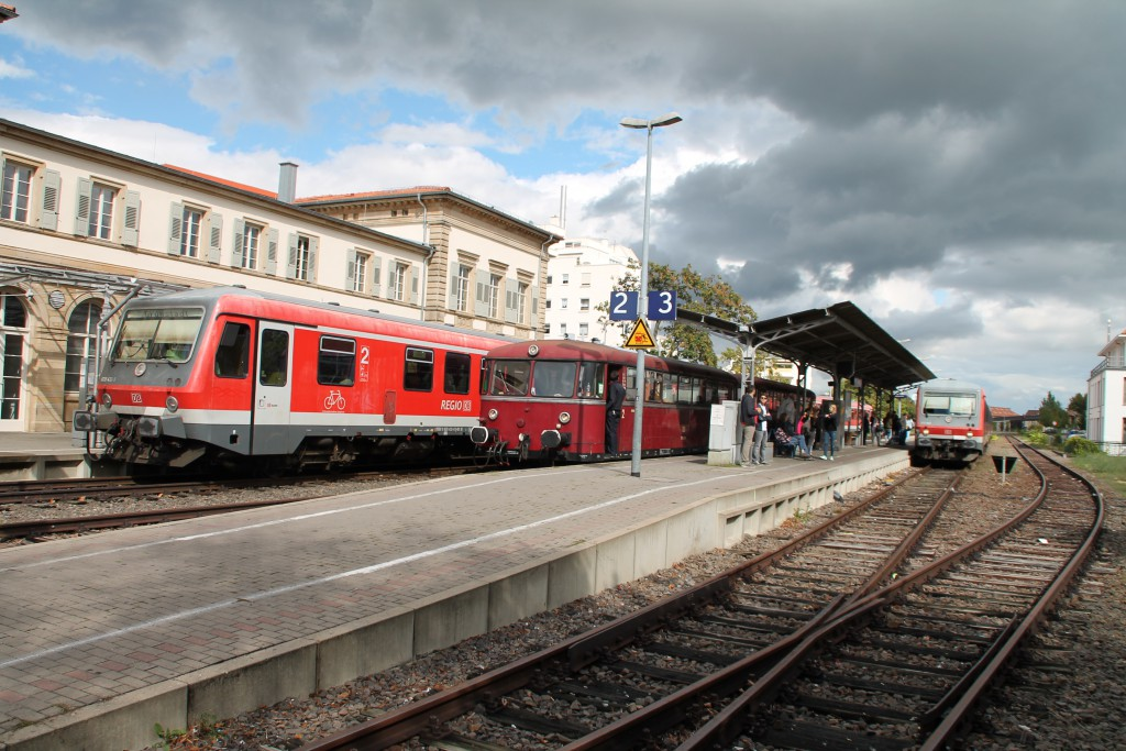 Großes Zugtreffen in Bad Dürkheim, es trafen sich am 19.09.2015 628 412, 798 829 und 628 463.