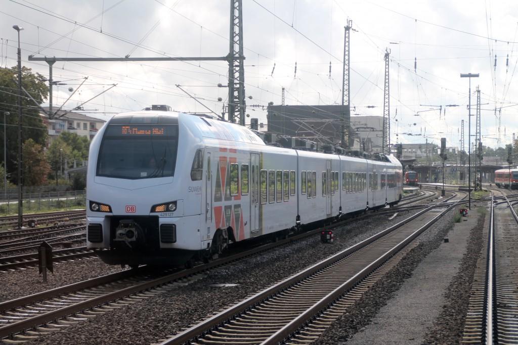 429 127 macht sich am 19.09.2015 von Worms aus auf den Weg nach Mainz.