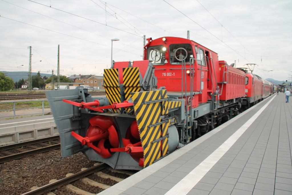 Zum Bahnhofsfest in Zebra stellte die DB Schneefräse 716 002 aus, aufgenommen am 26.09.2015.