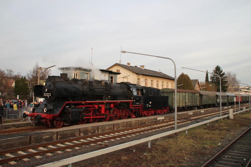 50 3552 der Museumseisenbahn Hanau im Bahnhof Büdingen, aufgenommen am 05.12.2015.