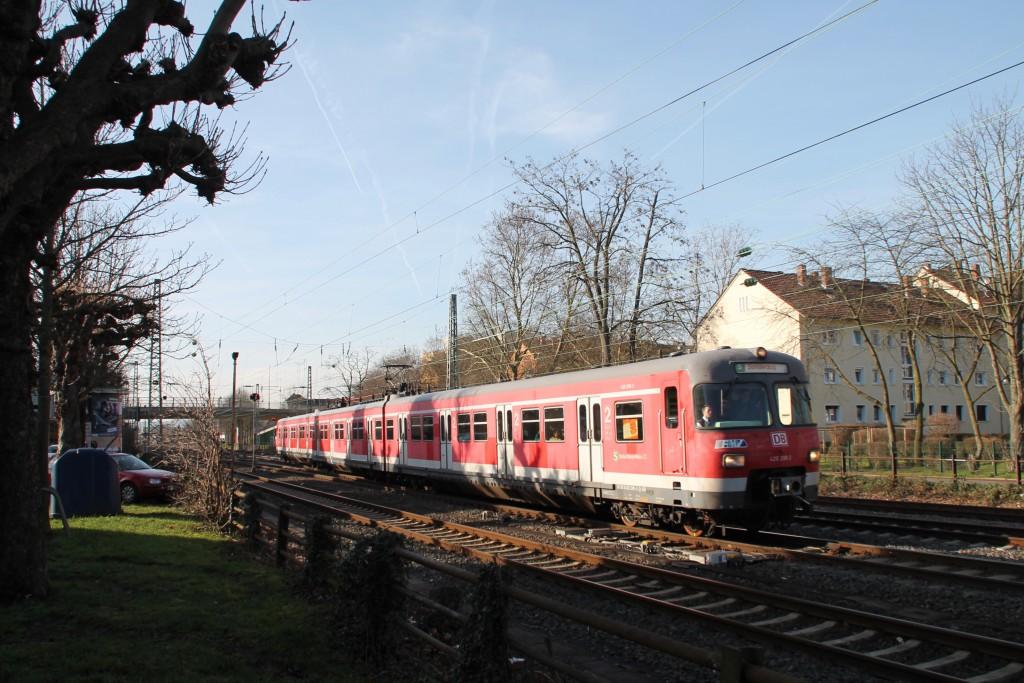 420 298 bei der Ausfahrt in Frankfurt-Griesheim, aufgenommen am 06.02.2016.