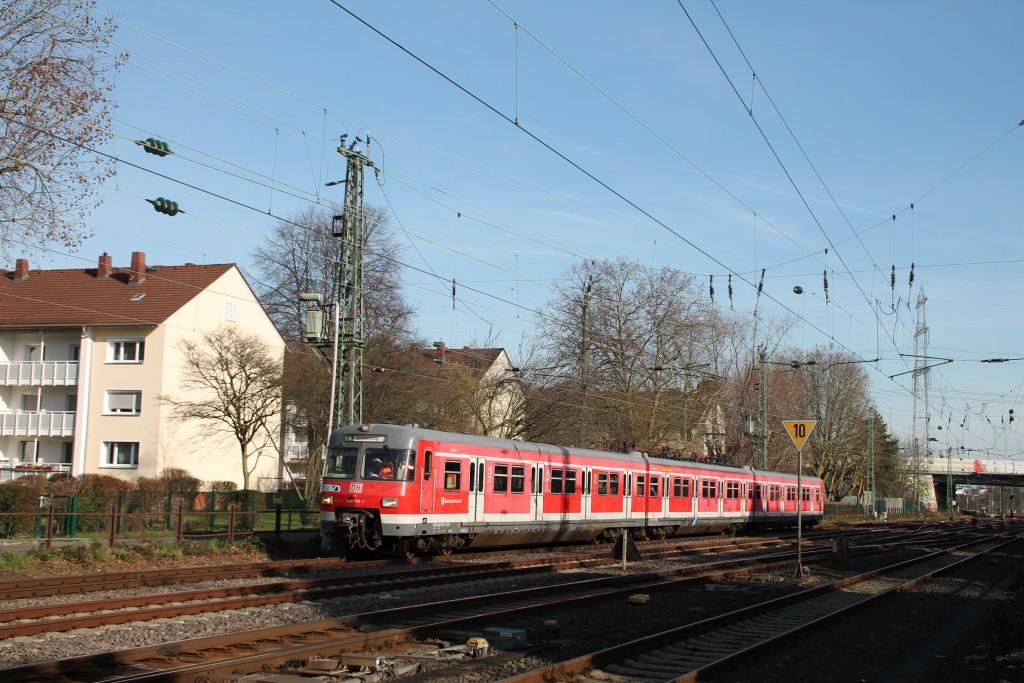 420 298 bei der Einfahrt in Frankfurt-Griesheim, aufgenommen am 06.02.2016.