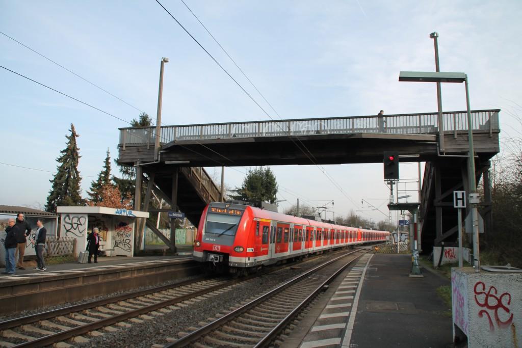423 332 in Berkersheim auf der Main Weser-Bahn, aufgenommen am 06.02.2016.