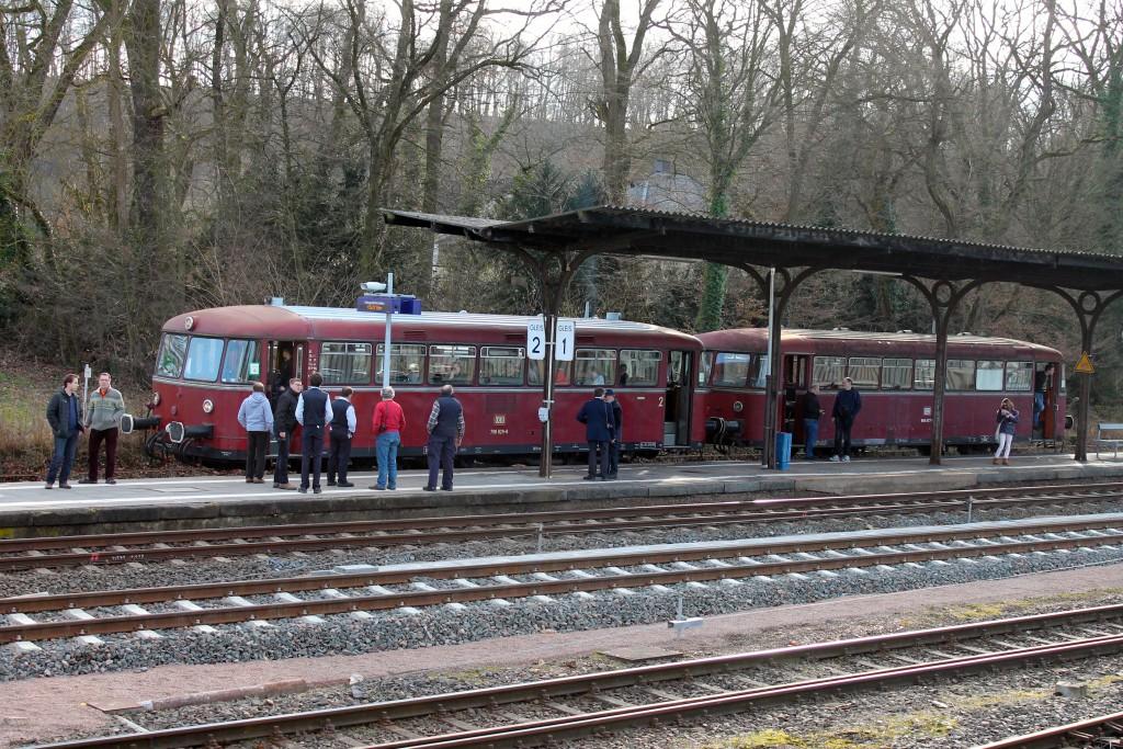 798 829 und 996 677 der OEF machen eine Pause in Kerkerbach, aufgenommen am 28.02.2015.