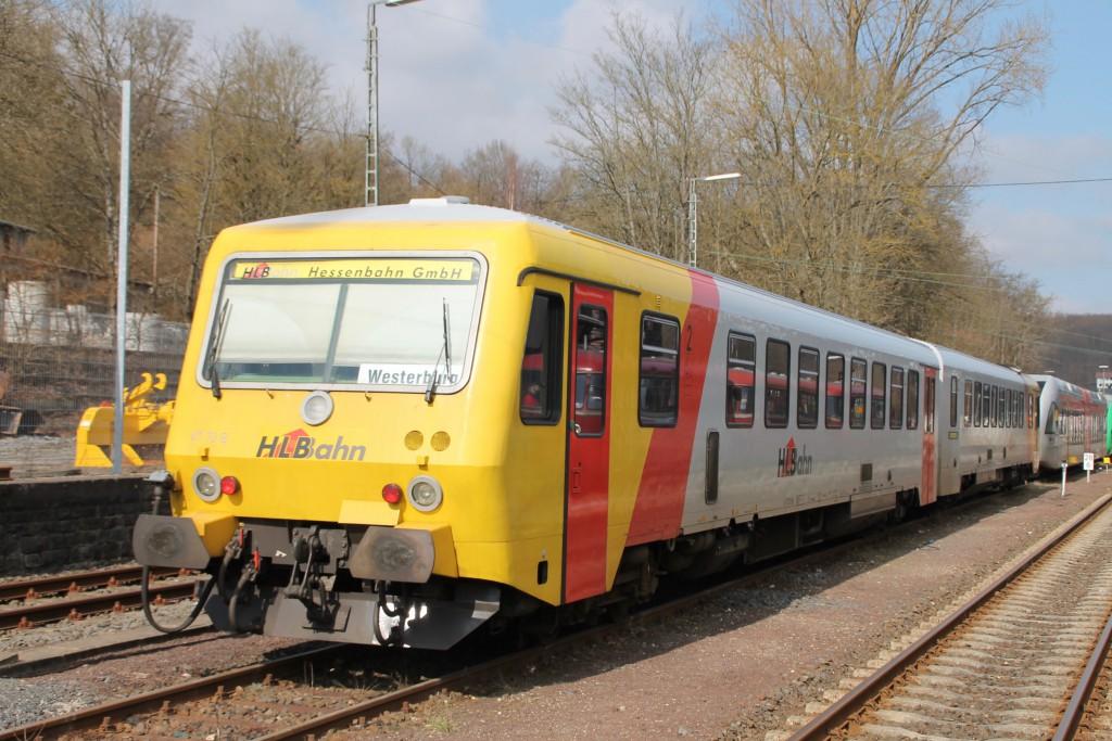 629 072 der HLB steht zur Wochenendruhe im Bahnhof Westerburg, aufgenommen am 13.03.2016.