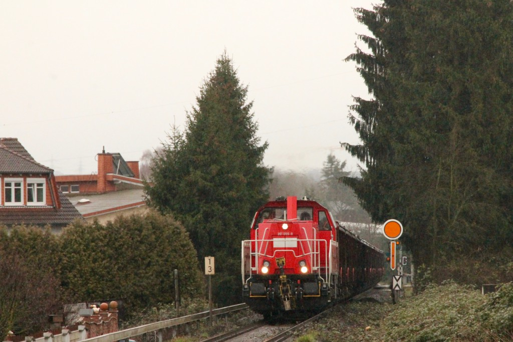 261 059 am Vorsignal von Staffel auf der Unterwesterwaldbahn, aufgenommen am 06.03.2016.
