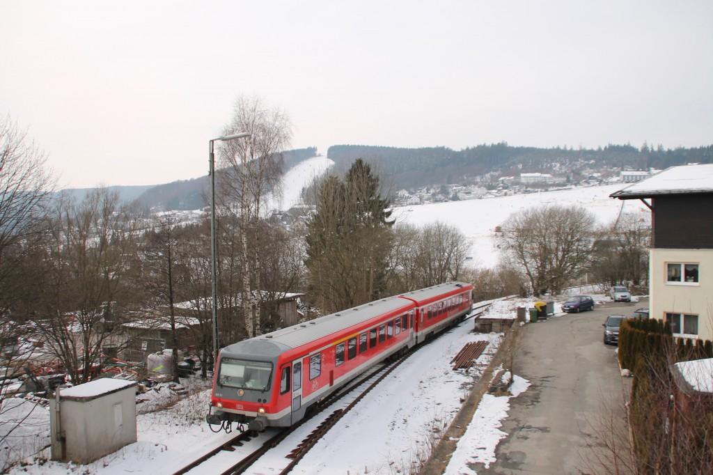 628 311 bei der Einfahrt in Willingen, aufgenommen am 28.02.2016.