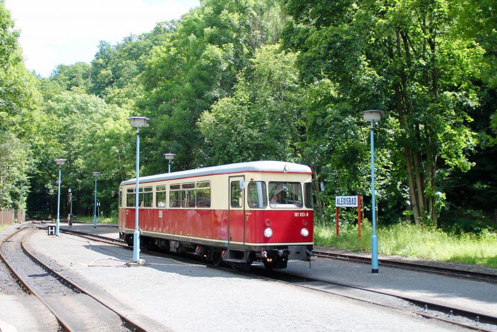 187 013 rangiert im Bahnhof Alexisbad auf der Selketalbahn, aufgenommen am 03.07.2016.
