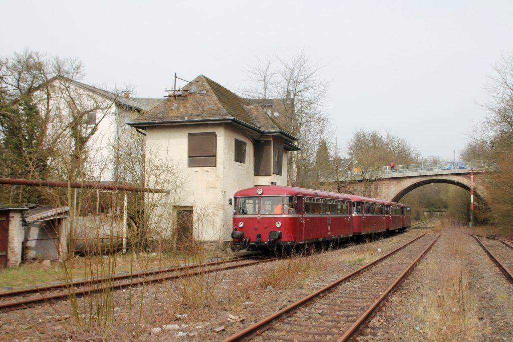 796 690, 996 299, 996 309, 796 802 im Bahnhof Simmern auf der Hunsrückquerbahn, aufgenommen am 02.04.2016.