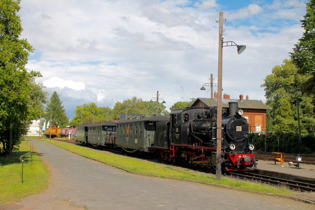 Lok 20 der Mansfelder Bergwerksbahnen steht in Bendorf, aufgenommen am 03.07.2016.