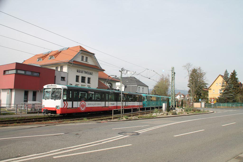 U2 Wagen der VGF am alten Kraftwerk in Bommersheim, aufgenommen am 03.04.2016.
