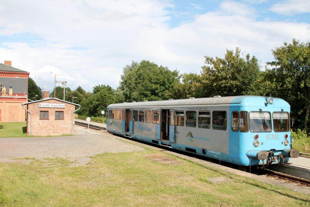 Die Wipperliese macht im Bahnhof Klostermansfeld eine Pause, aufgenommen am 03.07.2016.