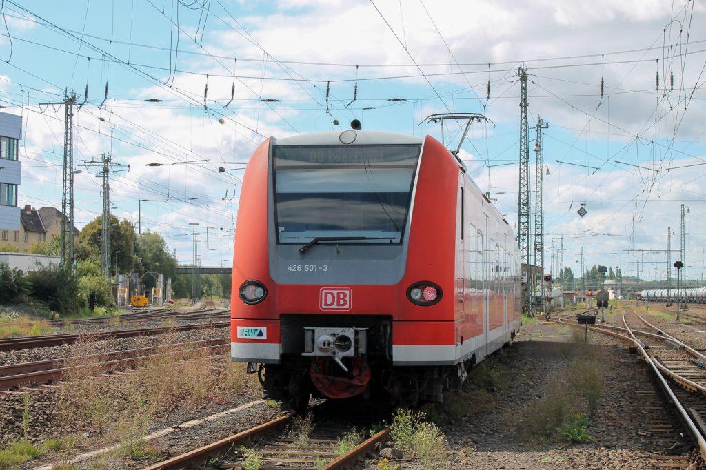 426 001 steht in Gleis 99 des Bahnhof Gießen, aufgenommen am 30.08.2014.