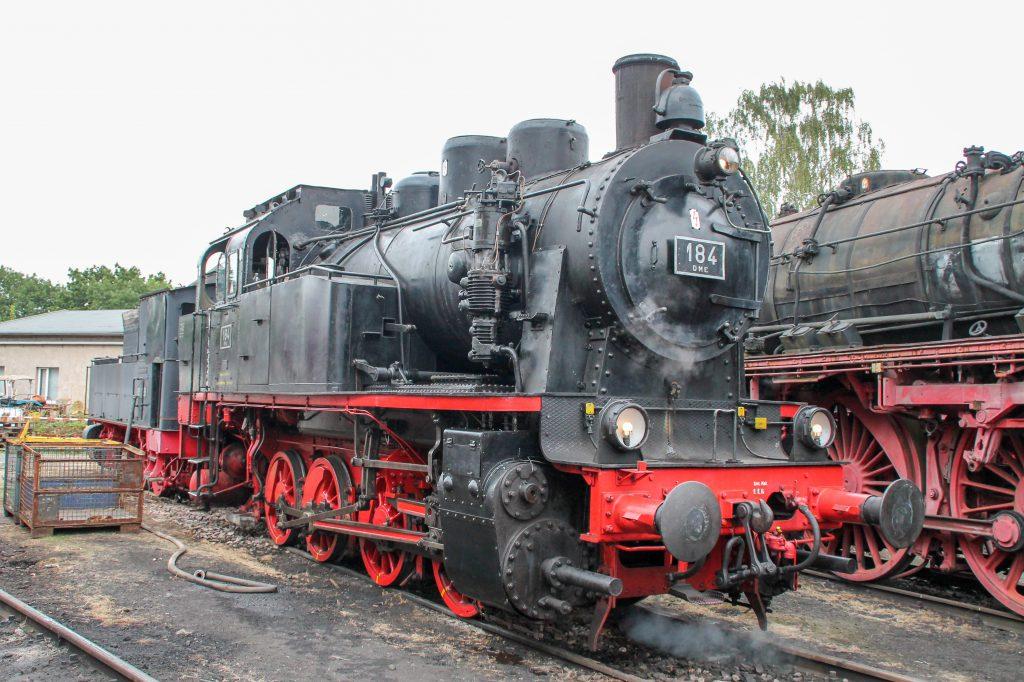 DME 184 steht im Eisenbahnmuseum in Darmstadt-Kranichstein, aufgenommen am 17.09.2016.