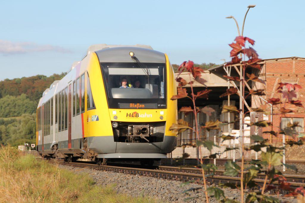 648 011 bei den Didier-Werken auf der Lumdatalbahn, aufgenommen am 04.09.2016.