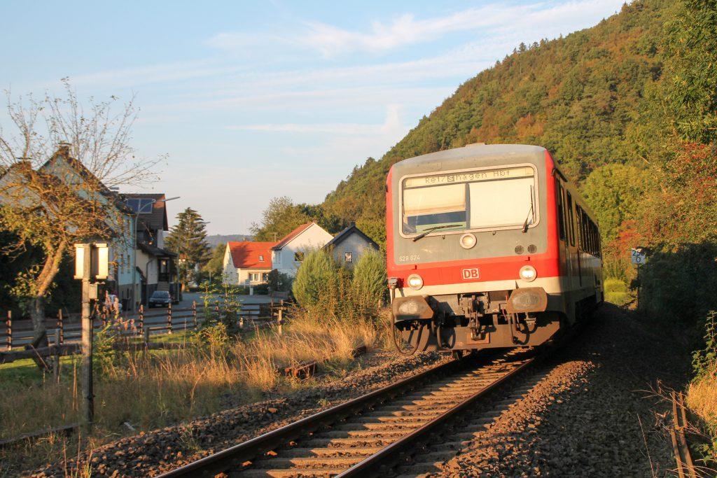 628 624 in Bredelar auf der oberen Ruhrtalbahn, aufgenommen am 26.09.2016.