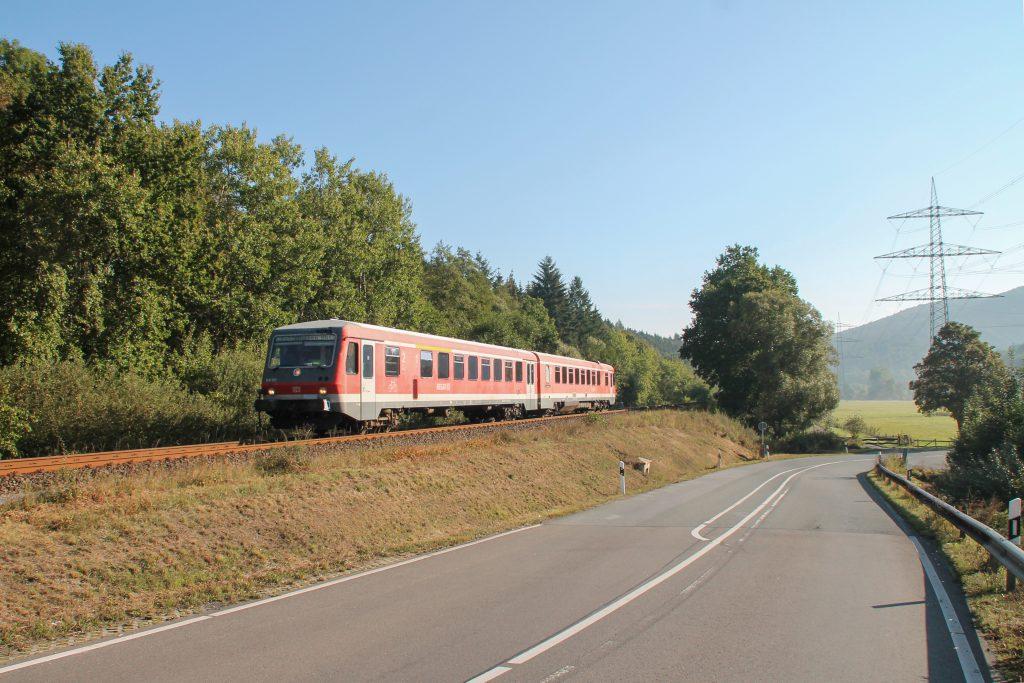 628 624 bei Bredelar auf der oberen Ruhrtalbahn, aufgenommen am 26.09.2016.