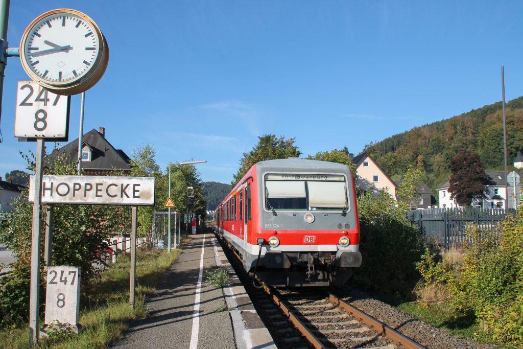 628 624 in Hoppecke auf der oberen Ruhrtalbahn, aufgenommen am 26.09.2016.