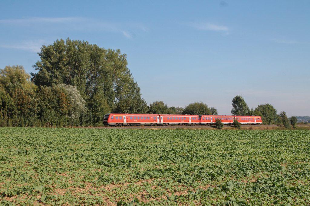 Zwei 612 bei Scherfede auf der oberen Ruhrtalbahn, aufgenommen am 26.09.2016.