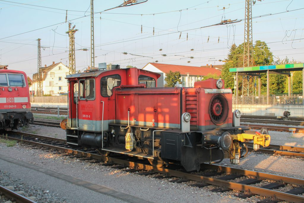 335 131 steht im Bahnhof Offenburg, aufgenommen am 10.09.2016.