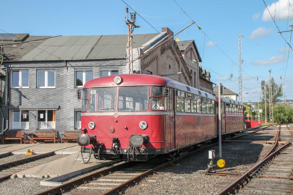 796 690 und 798 802 stehen im Bw Siegen, aufgenommen am 20.08.2016.