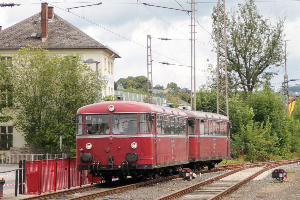 796 690 und 796 802 im Bahnhof Siegen, aufgenommen am 20.08.2016.