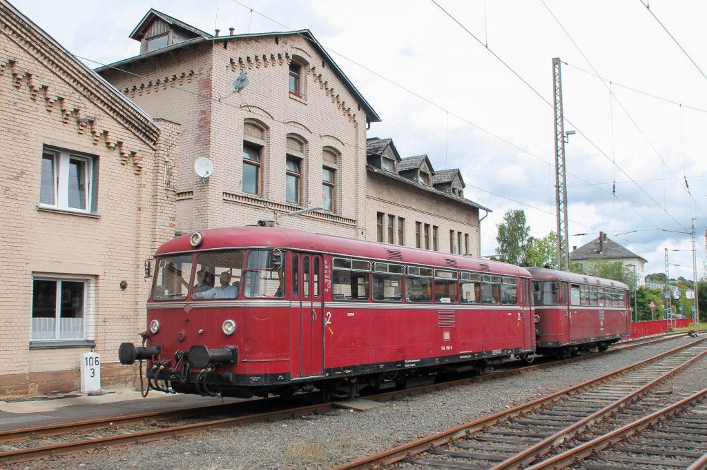 796 690 und 796 802 auf dem Weg ins Bw Siegen, aufgenommen am 20.08.2016.